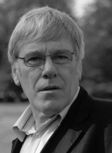 Dr Michael Wilks